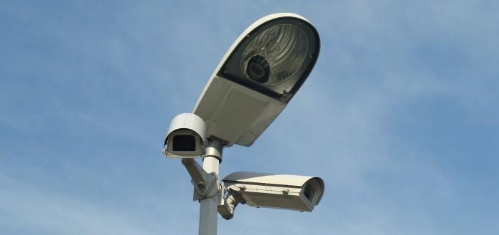 monitoring-401776_1280